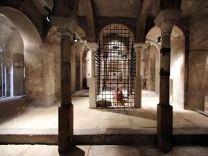 cripta con statua di S.Carlo orante